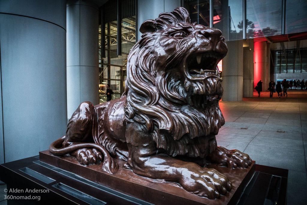 Roaring Stephen protecting the HSBC Headquarters