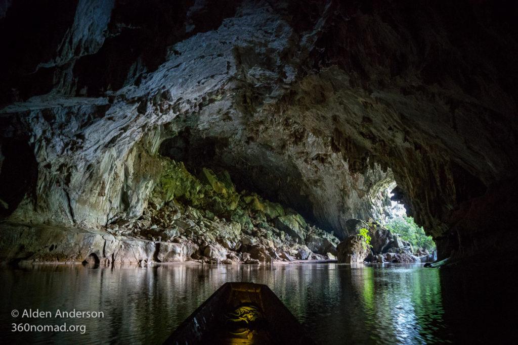 Kong Lor Cave - Thakhek Loop