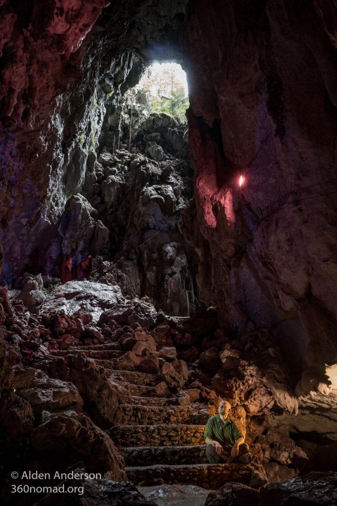 Tham Nang Aen Cave