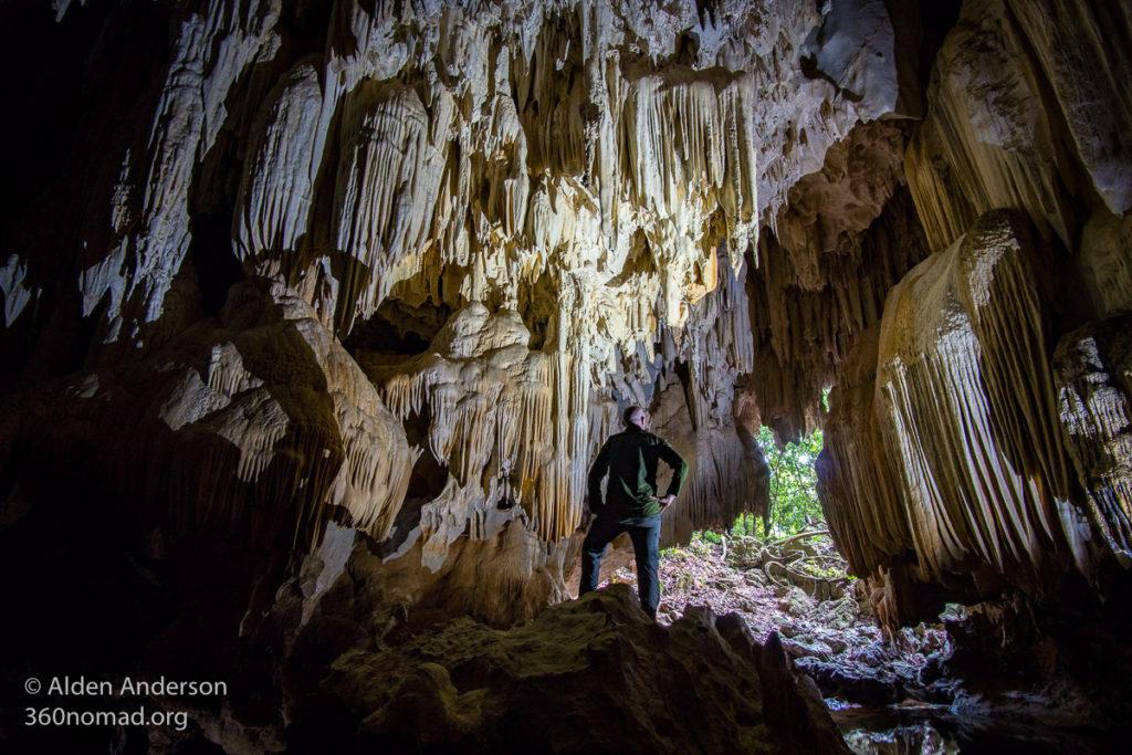 Tham Pa Seuam Cave