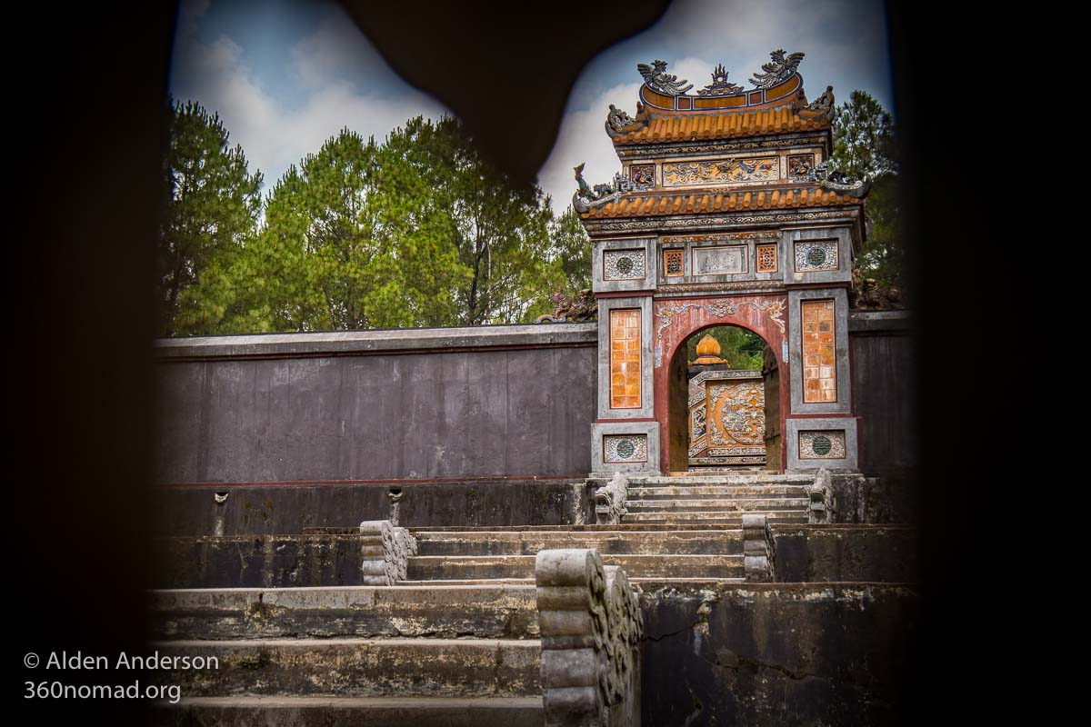 Tomb of Empress Le Thien Anh
