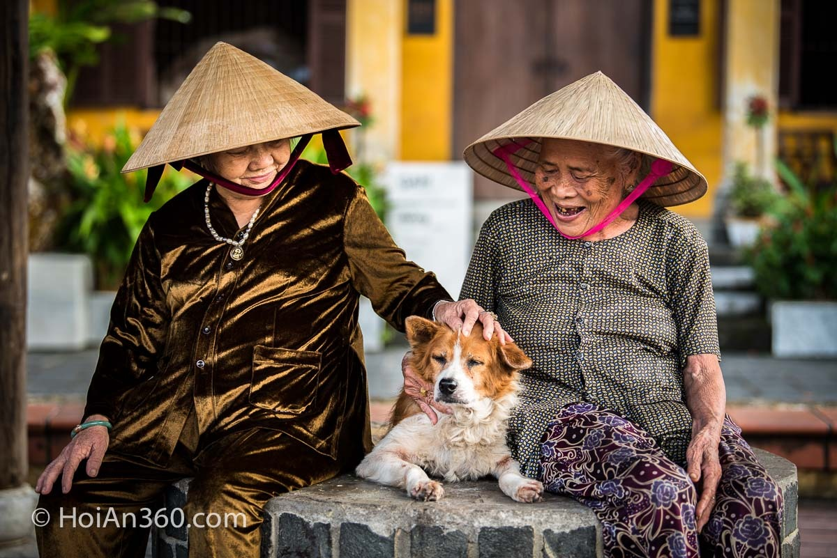 Que Lu and My - Old Town Hoi An Photo Tour